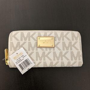Michael Kors LZ Continental Wallet - Vanilla NWT